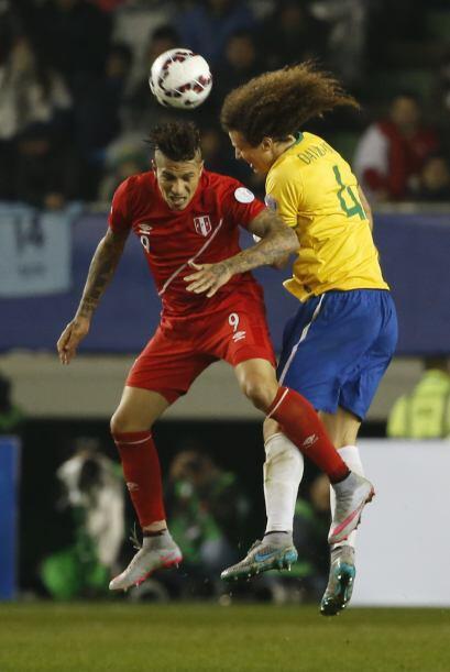 Perú, por momentos trató de buena forma el baló y estuvo cerca de marcar...