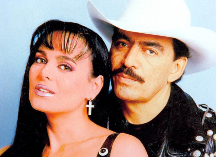 A Maribel Guardia aún le duele la infidelidad de Joan Sebastian