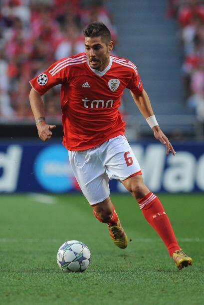 Javi dio sus primeros pasos en el mundo del fútbol con el Real Madrid.