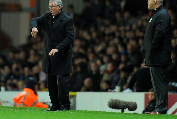 Sir Alex Ferguson no se conformó con eso y le pidió más a sus futbolistas.
