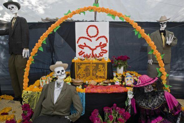 10. La comida es muy importante para armar tu altar de muertos y lo idea...