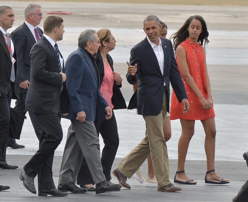 Malia Obama creció dándonos lecciones básicas de moda  GettyImages-51697...