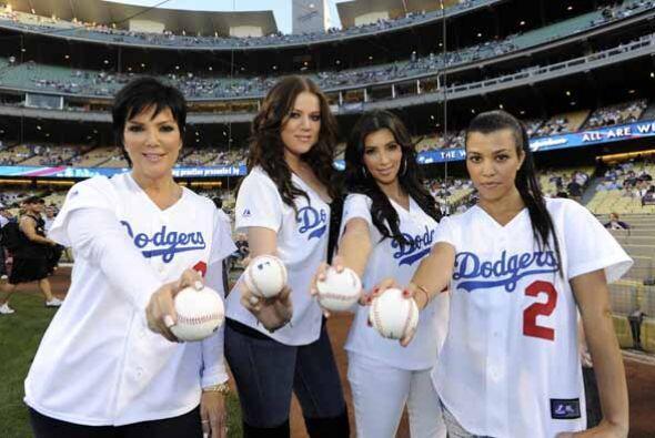 Y si se trata de ponerse la camiseta del equipo favorito de sus hijas......
