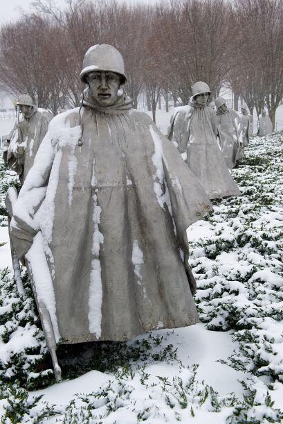 Los monumentos también sufrieron el embate del la tormenta.