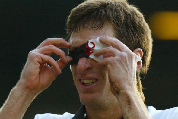Facundo Sava, jugador argentino, celebraba con una máscara al est...