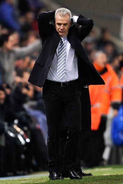 Por el momento Javier Aguirre, que en esa época era el técnico, espera e...