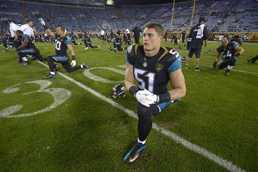 Paul Posluszny, apoyador interior de los Jacksonville Jaguars (AP-NFL)