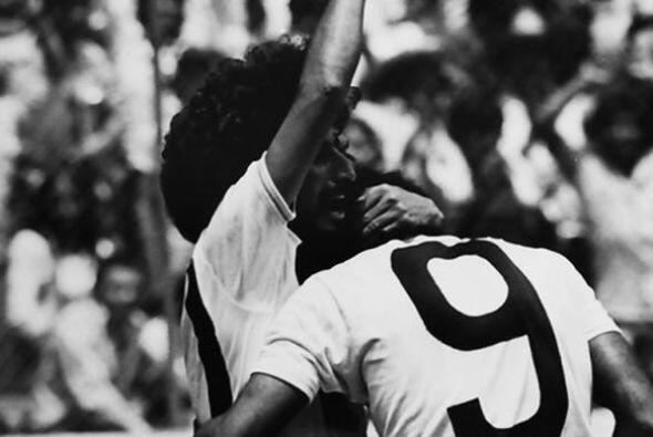 En la campaña 77-78, sin cinco titulares que asistieron al Mundial de Ar...