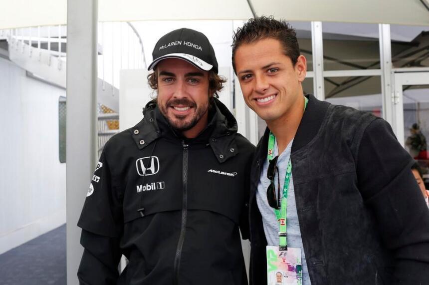 Chicarito prueba piloto F1