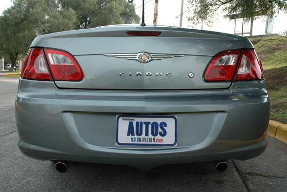 En México al Sebring se le conoce como Cirrus.