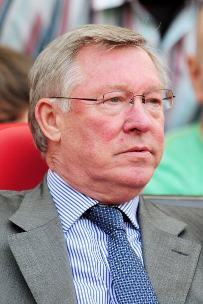 Mientras tanto el DT del United, Ferguson, miraba y sufría al ver que su...
