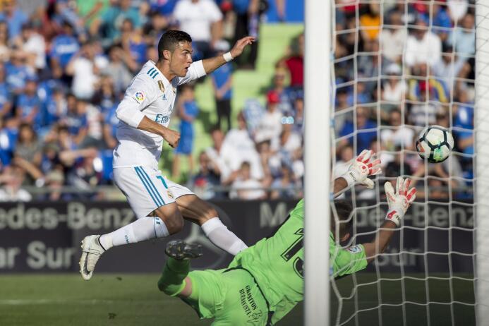 Zidane sumó triunfo 75 en 100 partidos como DT; Real Madrid venció el Ge...