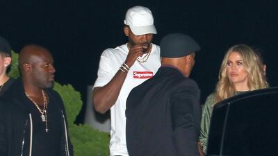 No todo el clan Kardashian-Jenner le da la espalda al novio infiel de Khloé