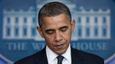 El presidente ofreció una conferencia de prensa junto a miembros de su g...