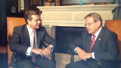 En una entrevista con el senador demócrata de Nueva Jersey.