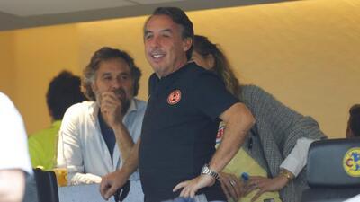 Emilio Azcárraga ofrece disculpas por estado de la cancha del Estadio Azteca