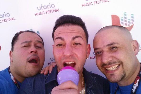 ¡Y ahora divirtiendonos con @jaquiles en vivo con Uforia Nation en el #m...