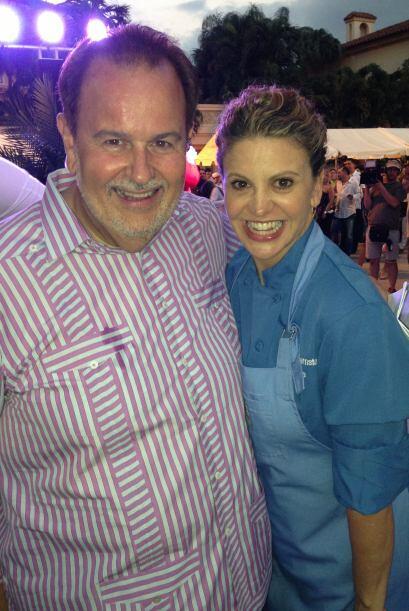 Raul de Molina junto a la Chef Argentina Michelle Bernstein en el evento...