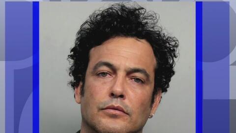 Falso agente fue arrestado cuando obligó a detener en su auto a la vocer...
