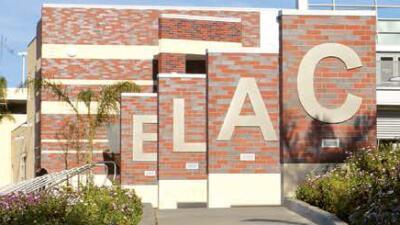 Colegio del Este de Los Ángeles celebra centenario del muralista Raúl An...