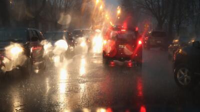 Las intensas lluvias provocan graves inundaciones y emergencias en Dallas-Fort Worth