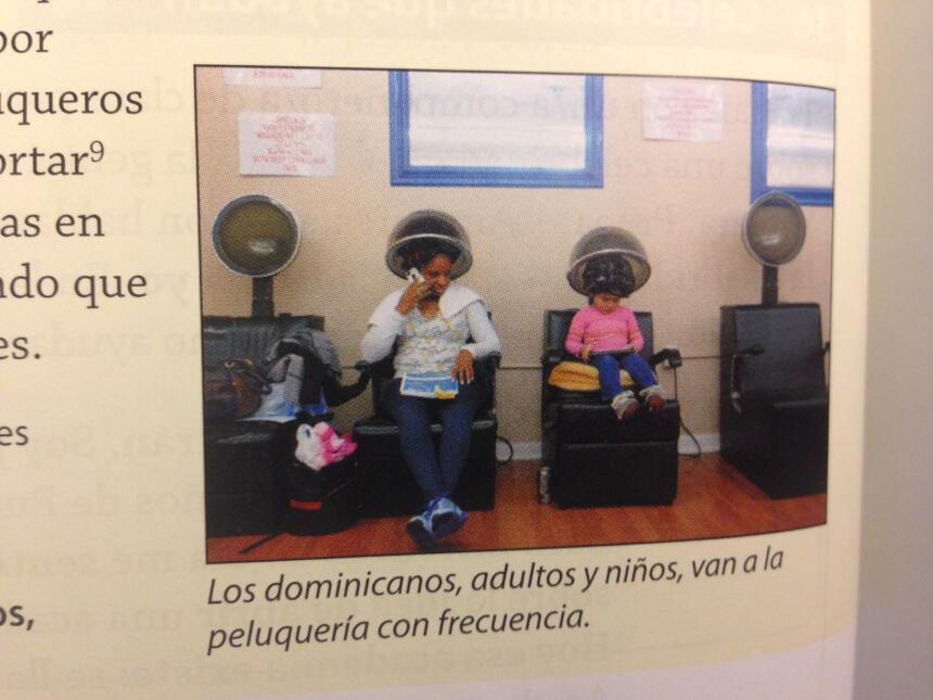 Dos libros de texto están plagados de visiones erradas sobre los hispanos.