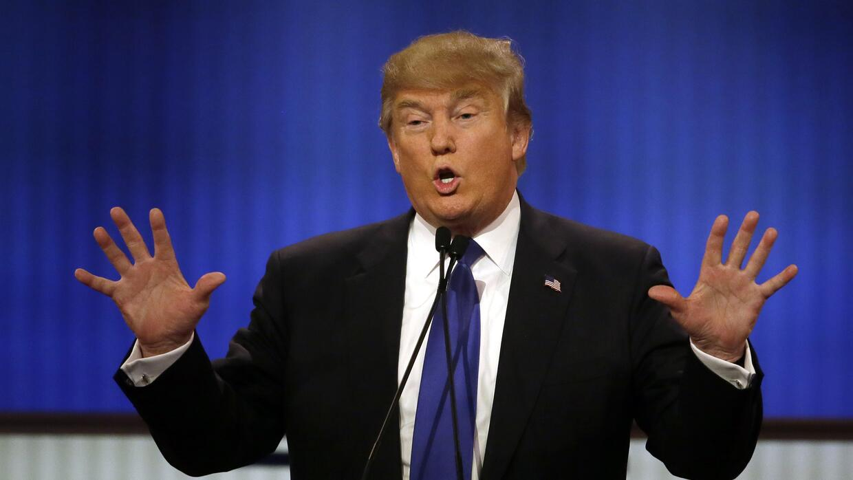 Donald Trump durante el debate realizado en Detroit, el primero después...