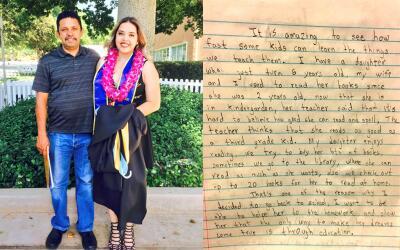 Gabby Alfaro junto a su padre Carlos el día que recibió su...