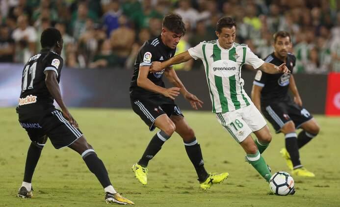 La Liga / Betis [2]-1 Celta: el mediocampista Andrés Guardado volvió a s...