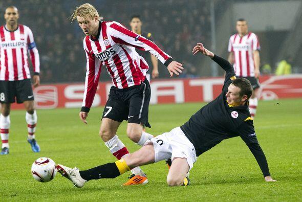 El PSV Eindhoven, que logró un empate 2-2 en la Ida, recibió al Lille.