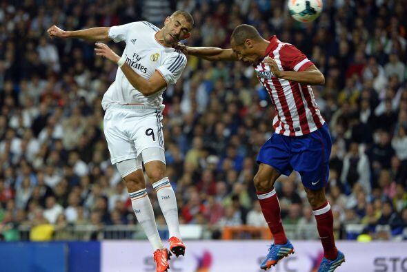 Benzema tuvo las primeras oportunidades del Real Madrid, pero se fue dil...