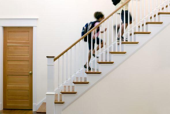 3-Realiza pequeños cambios en hábitos como usar las escaleras en lugar d...
