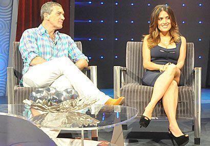 """Antonio respondió que ha trabajado con dos actrices muy sexys: """"una está..."""