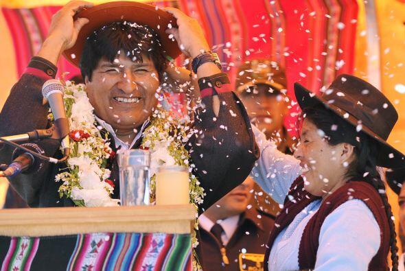El presidente Evo Morales entregó fondos para impulsar varios pro...