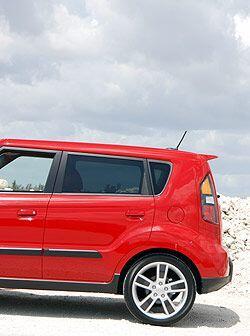 El estilo 'cajón' en la cola del auto es algo cada vez más aceptado por...