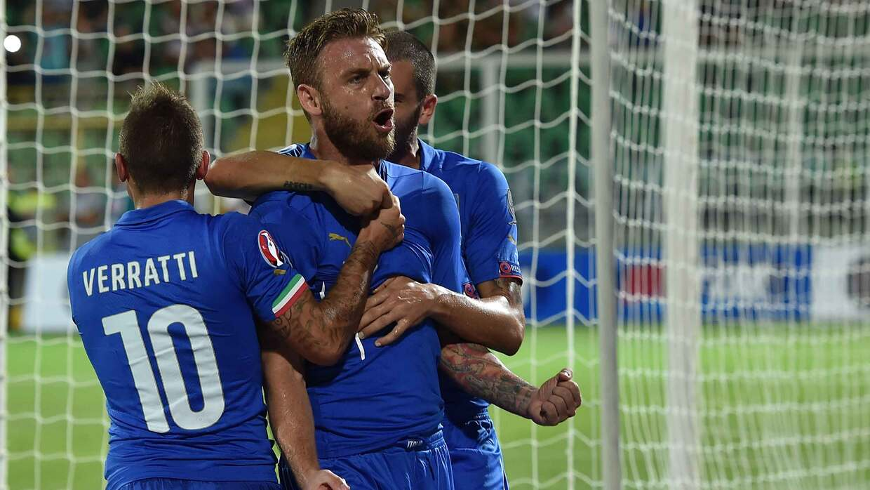 Italia gana a Bulgaria y refuerza liderato