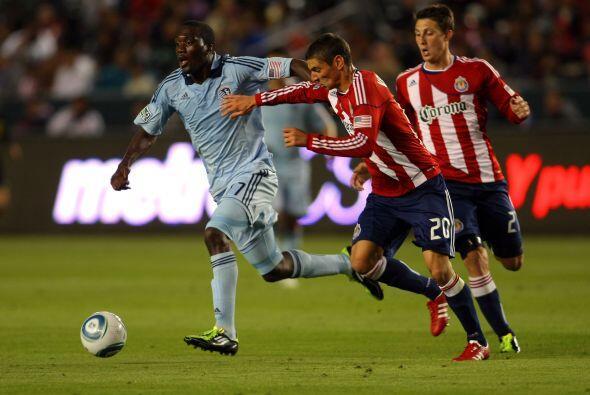 Chivas USA no pudo con el poderío del Sporting y subumbió 3-2 en el inic...
