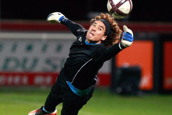 Es la primera ocasión que 'Memo' Ochoa no recibió gol en la Liga de Fran...