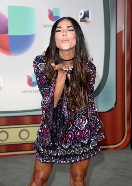 La guapa Alejandra Espíndola nos lanzó unos besos en un vestido de Sherr...