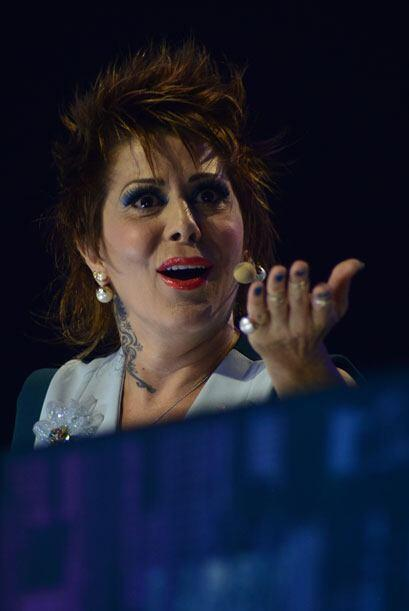 Alejandra también defendía su opinión de los musicales.
