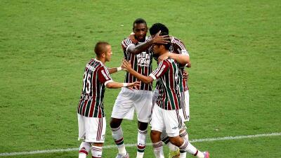 Fluminense derrota al Goiás y respira en la liga brasileña