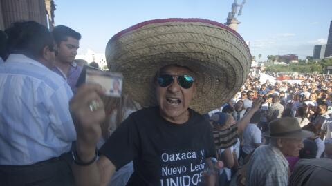 Las protestas de maestros contra la reforma educativa se han extendido a...