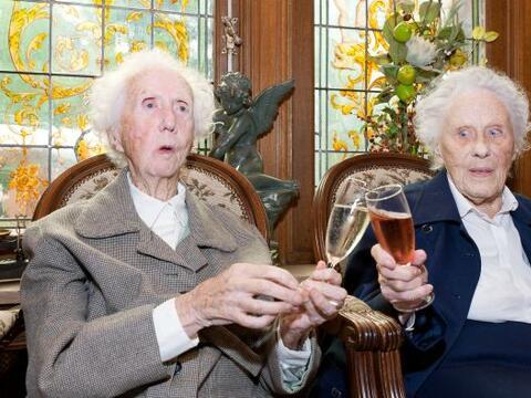 Dos hermanas belgas son desde el sábado las únicas gemelas...