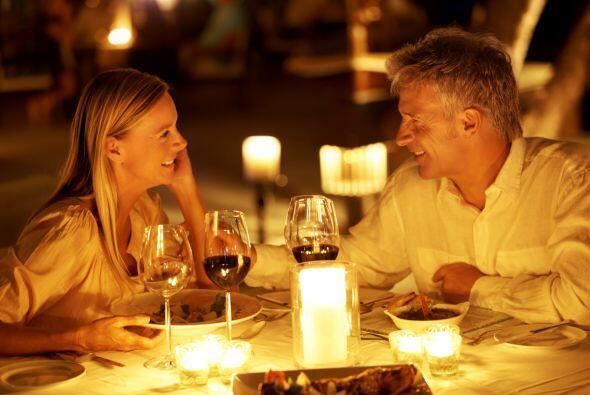 Agenden una cena semanal. ¡Merecen tener al menos una noche para ustedes...