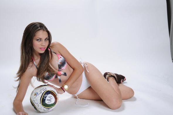 Con ustedes la candidata a La Chica de Oro Beatriz Marín, una amante del...