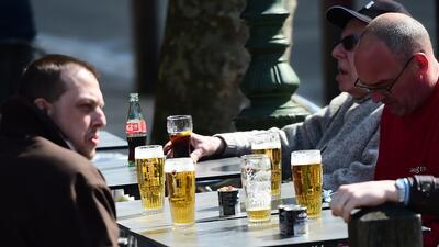 Los hombres que bebían de forma moderada fueron 20% menos propens...