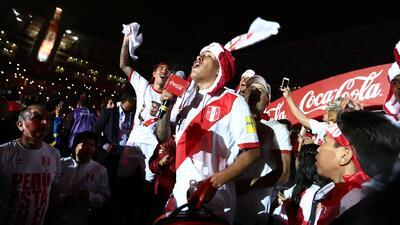Así celebraron los peruanos la clasificación de su selección de fútbol al Mundial de Rusia 2018