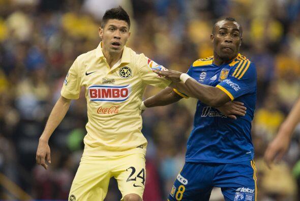24.- Oribe Peralta: Anotó el gol que le dio la calma al América para ase...