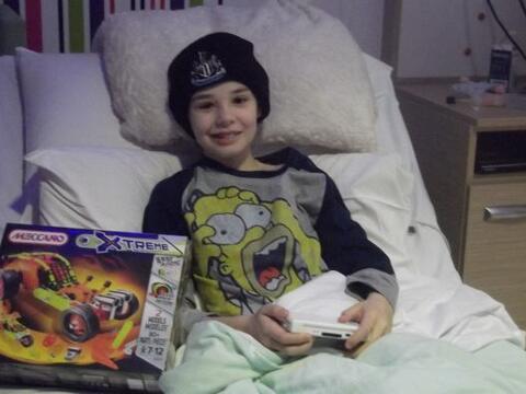 Kieran Maxwell es un joven sobreviviente al cáncer, su sue&ntilde...