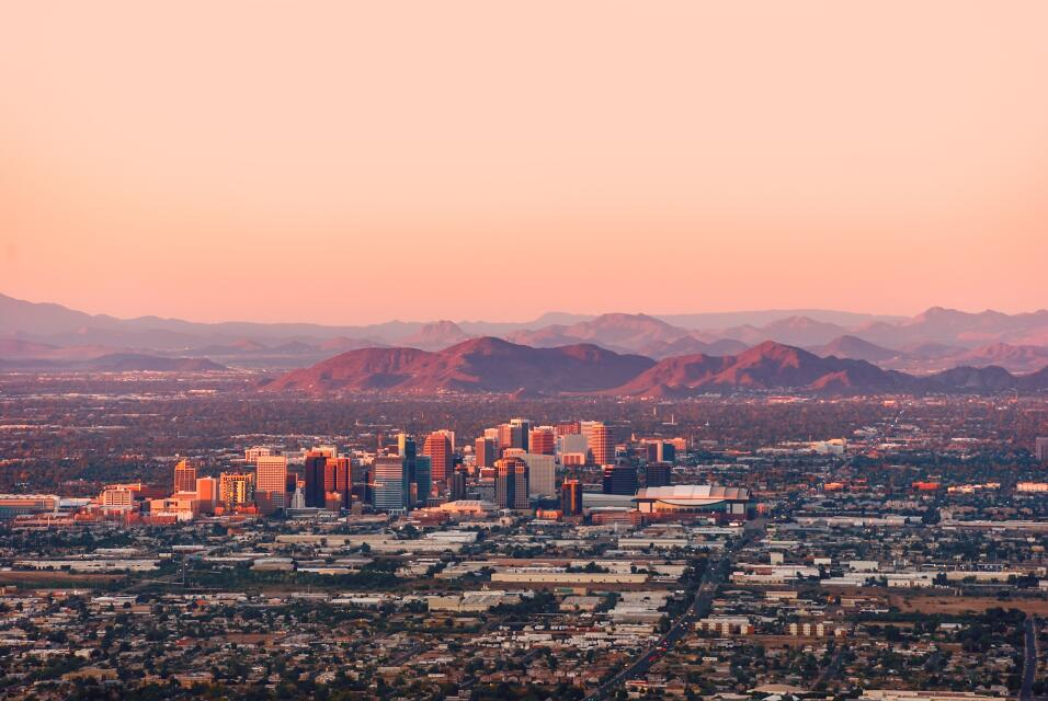 En Arizona, el área metropolitana de Phoenix contaría con...